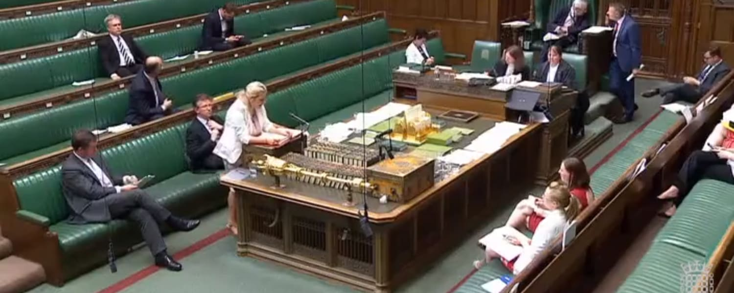 MPs praise the value of youth work in parliamentary debate - Now it's time to reverse damaging funding cuts
